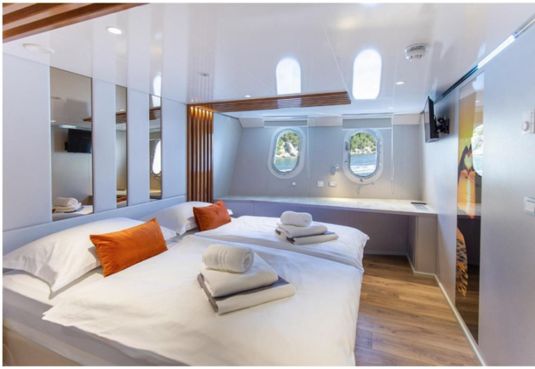 Krstarenje Jadranom - Adriatic King