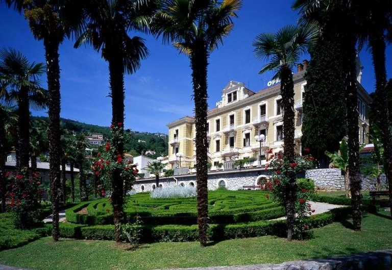 Opatija, Hotel Opatija
