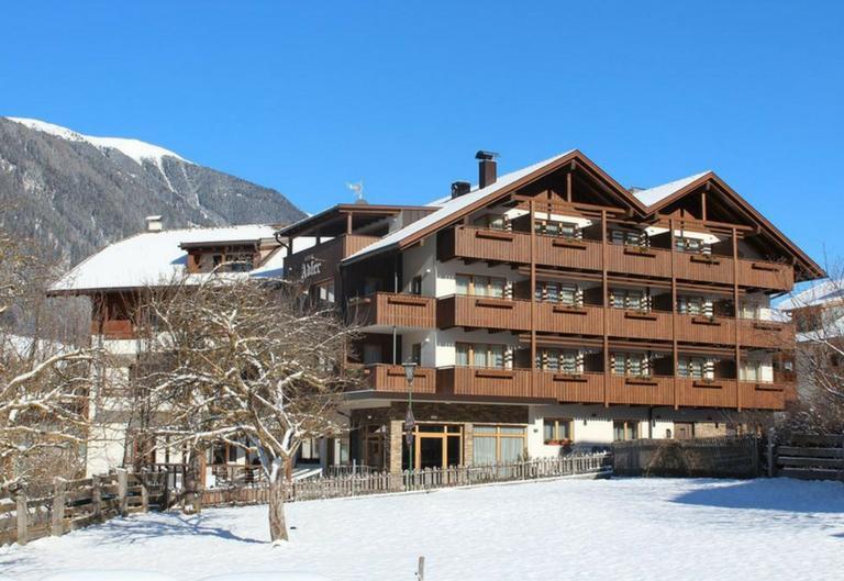 KRONPLATZ - Hotel Autentic Adler