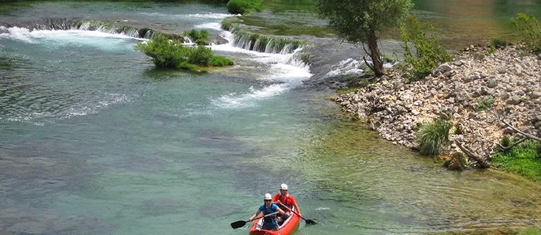 Kayaking at the Mrežnica Canyon