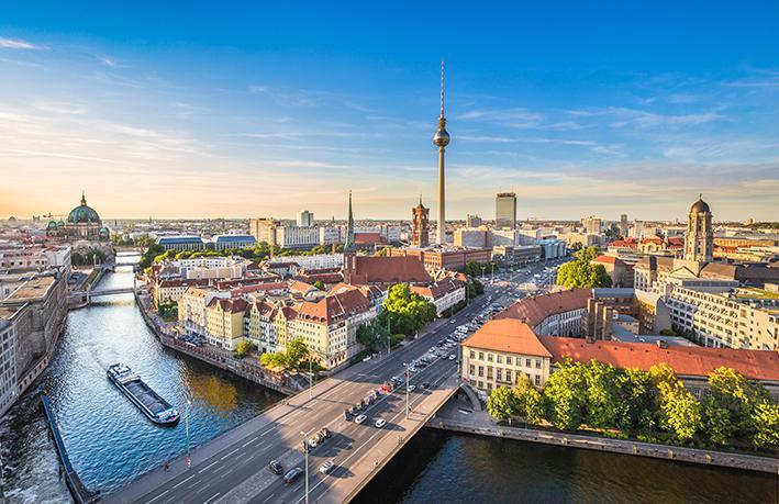 Berlin i Prag, zrakoplovom i autobusom